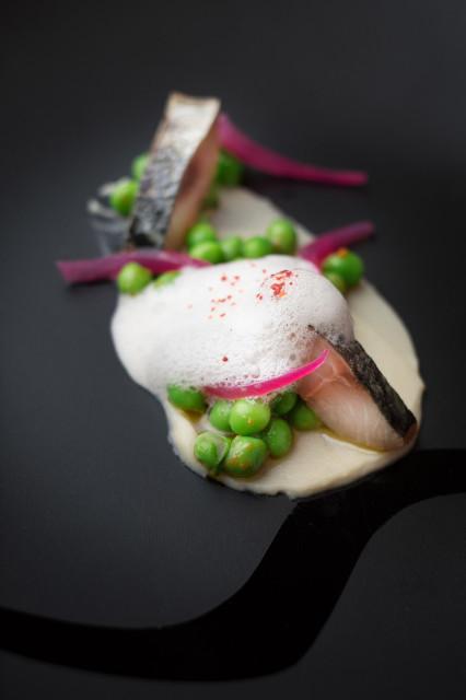 Apio, Manzana y Eucalipto. Chef Oscar Velasco Restaurante Sanceloni