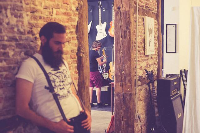 Localización: Headbanger Rare Guitars